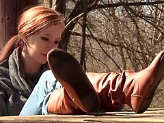 lori shoeplay in boots, eyes preview