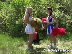 Two Hot Cheerleaders Fuck Each Other