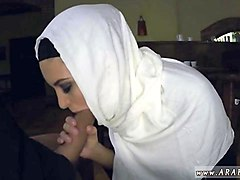 top sex arab hungry woman gets food and fuck